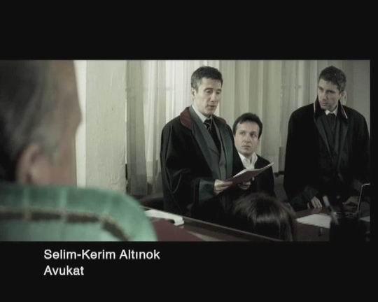 Kısa Tanıtım Filmi Selim-Kerim Duruşmada Av.Cübbesiyle