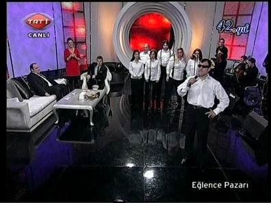 TRT1 Eğlence Pazarı GMT,Bekir Kurtuluş mikrofonda,Metin Şentürk,Doğa Rutkay,Gözder Bşk.Bülent Kelleci