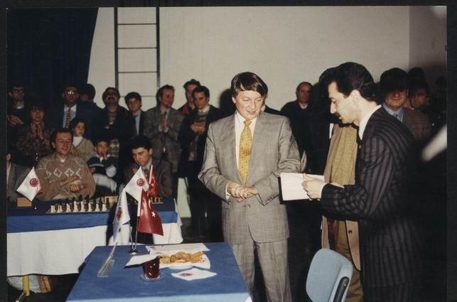 Selim Altınok-Anatoly Karpov-Yaşar Kerimov