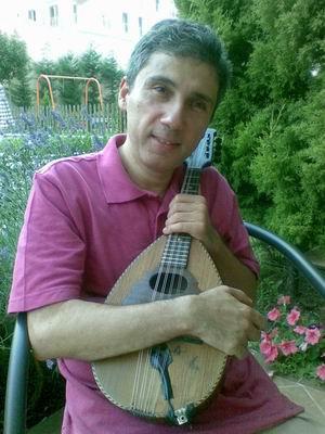 Selim Altınok 40 yıllık Metin mandoliniyle