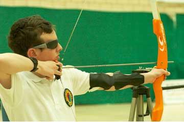 Okçuluk ve görme engelli sporcu