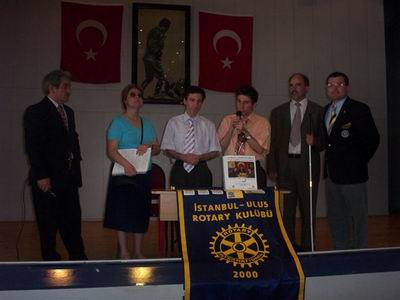 Türkan Sabancı Körler Okulu'nda Kabartma Satranç Kitabımızın hediye etme töreni